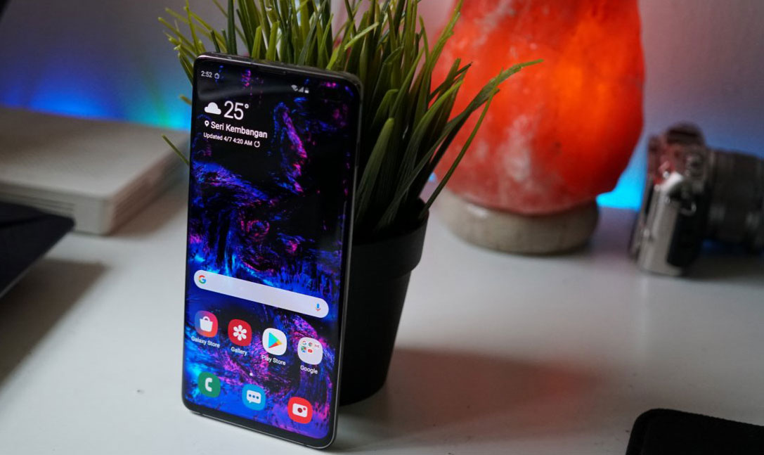 بهترین گوشی های سامسونگ 2020 - سامسونگ گلکسی s10 plus